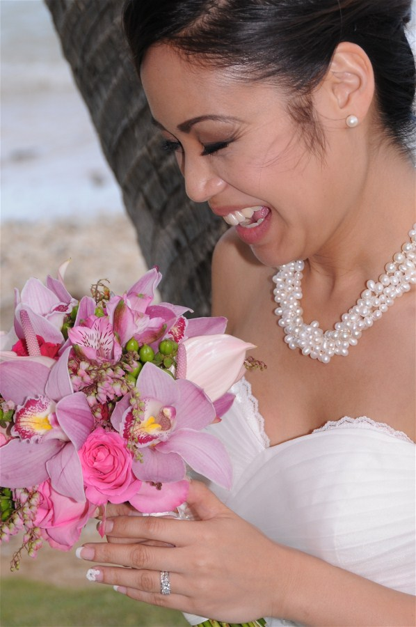 Lovely Hawaiian Bride