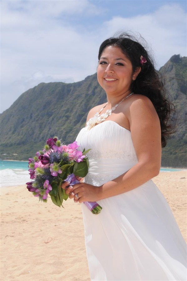 Pretty Bride at Waimanalo